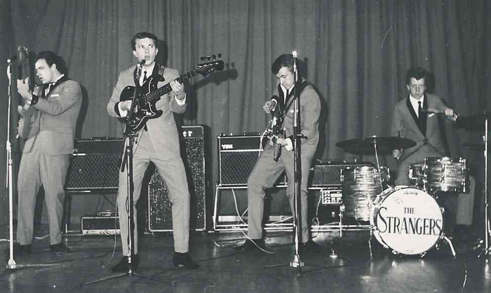 The Strangers in 1966 in de Hit-Club